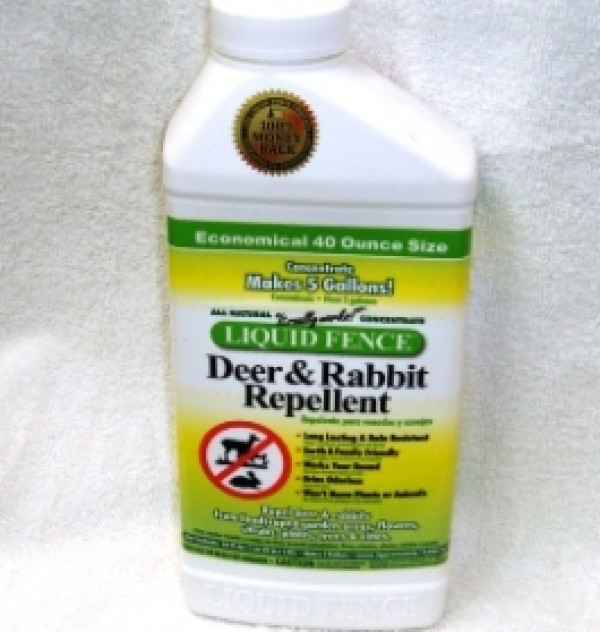 Liquid Fence Deer & Rabbit  40 Oz. Concentrate